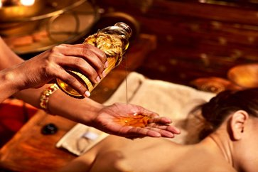 Abhyanga – Benefits of Ayurvedic Oil Self Massage – With Marma Therapy