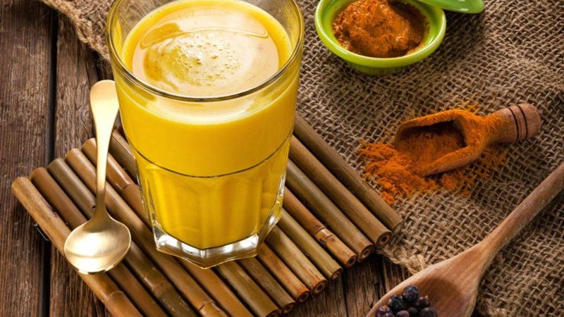 Golden Milk (Turmeric) Milk Benefits & How to Make It